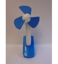 O2Cool Clip On Stroller Fan Battery Operated 4 Inches Soft Foam Blades Blue New BABY 695